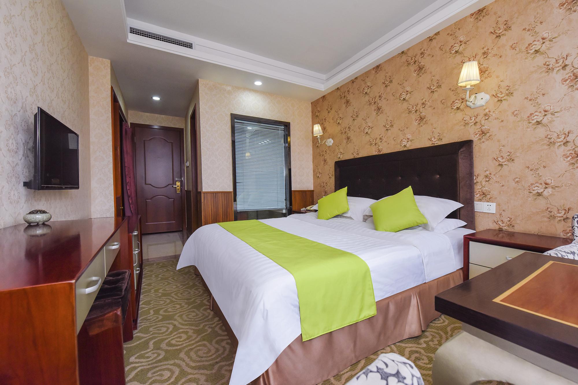 重庆米市酒店(原台州酒店)江景大床房