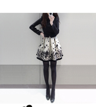 Lovely and sweet autumn new spell printing cultivate one's morality long sleeve winter skirt thickening type of cultivate one's morality waist skirt even render the clothes