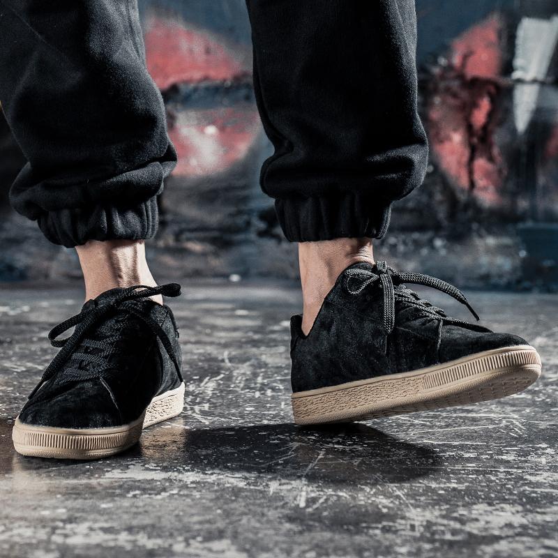 港�L夏季真皮板鞋男�n版潮流百搭�\�有蓍e鞋黑色滑板鞋英��潮鞋子