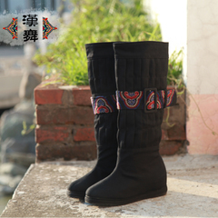 Chinese dance original ethnic embroidery boots fold increased ventilation in high boots Chinese cloth shoes wood