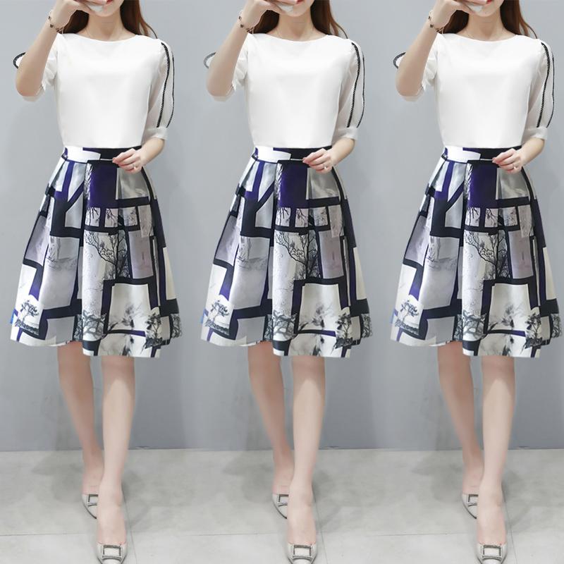 [天天特价]女装韩版中长款A字连衣裙收腰显瘦雪纺两件套装裙学生