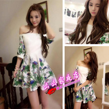 Early autumn of 2015 the new European beautiful sexy socialite nightclub word led small foreign outfit that show a shoulder OL cultivate one's morality dress