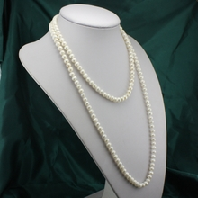 That's a substantial paragraph 7-8 mm white pearl oval round  bread Natural pearl sweater chain