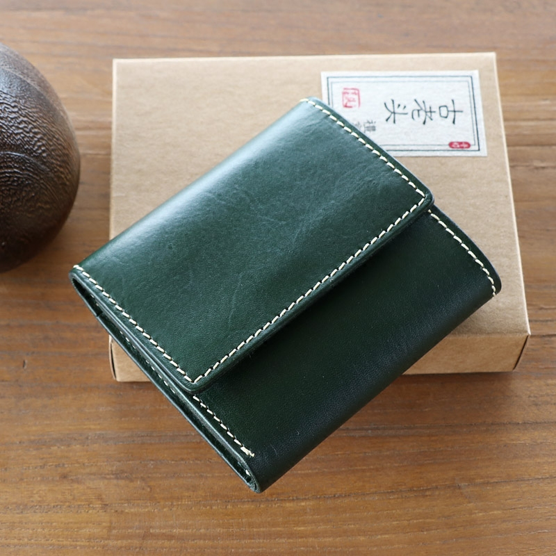 2019 lettering original Japan and South Korea retro mens and womens first layer cowhide three fold manual womens short ins Wallet