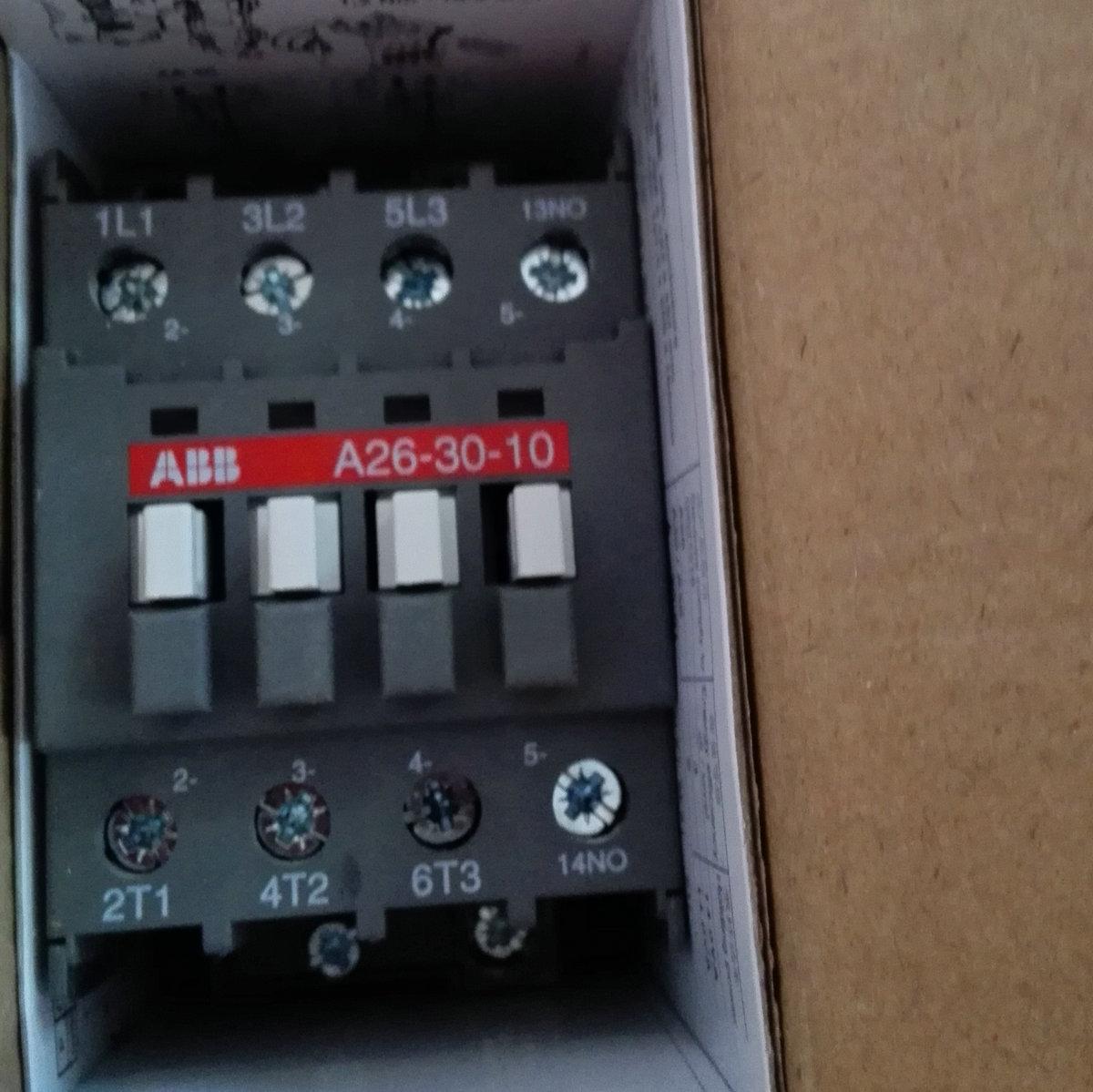 ABB三极交流接触器 A26-30-10 AC220V正品质保一年!