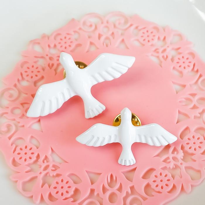 日本流行唯美和平鸽胸针 白色小清新气质百搭小鸽子配饰 烤漆胸花