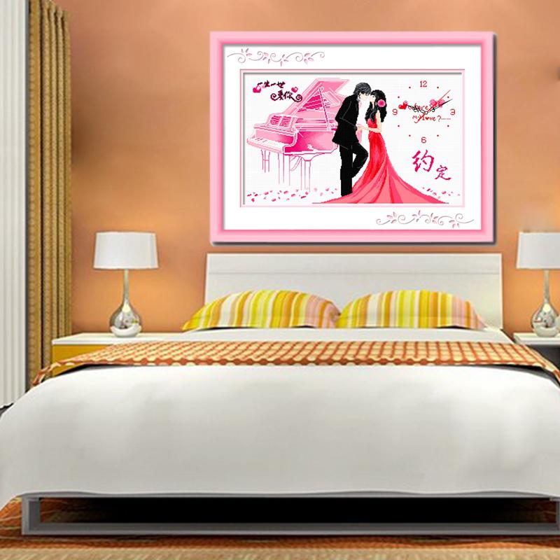 情侣结婚浪漫婚礼钢琴十字绣钟表粉色卧室客厅精准印花十字绣挂钟