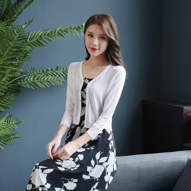 2019夏季针织衫女开衫短款高腰外搭修身纯色小披肩七分袖薄款上衣