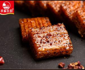 【1斤装】关家庄园辣么烧500g怀旧辣条零食小面筋大刀肉