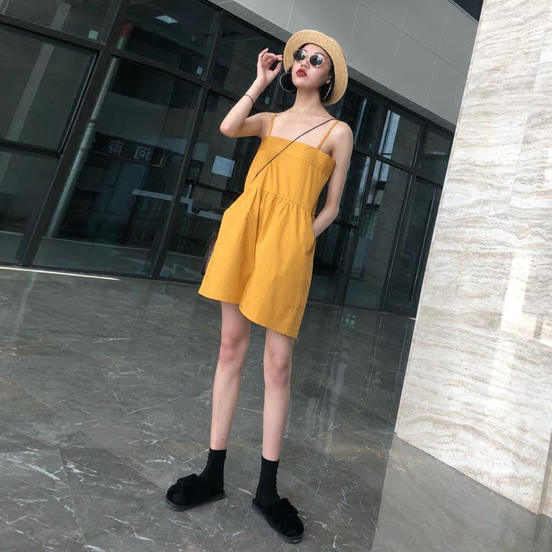 2018夏季新款吊�нB�w衣女��松�@瘦�n版短��r尚休�e�腿�B�w�子