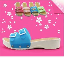 Cool summer new fashion leisure slippers female platform wedges slippers sponge bottom plastic slippers a word