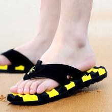 Лето шлепанцы мужской прохладно шлепанцы уход обувной сандалии приток мужчин корейский скольжение личность песчаный пляж любители на открытом воздухе шлепанцы