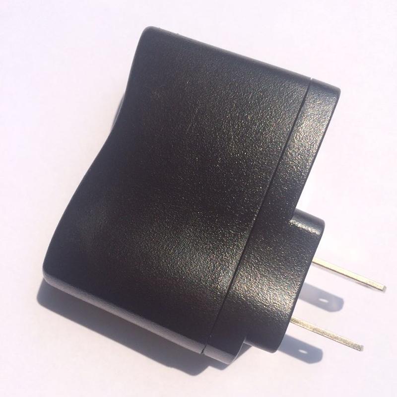 Долго радуга 110V-240V 50/60Hz адаптер