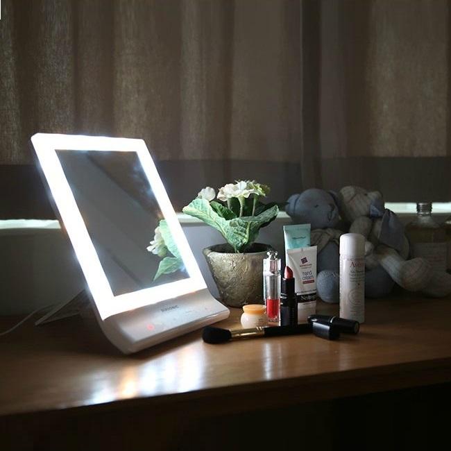 Импорт из южной кореи LED косметическое зеркало освещение зеркало рабочий стол квадрат милый континентальный принцесса соус зеркало свет косметическое зеркало