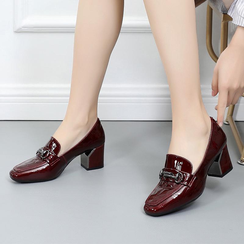 春天新款真皮高跟鞋中跟粗跟女鞋2019春秋皮鞋女士大码单鞋乐福鞋