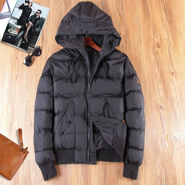 «Сегодня люди 2003» 15 осенью воспроизводя высокого качества интерпретация ретро Погоны для удобной теплое пальто с капюшоном