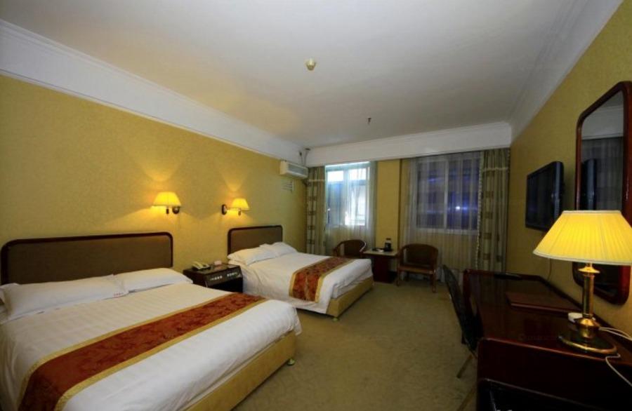 福州世纪长冠大酒店商务双床房