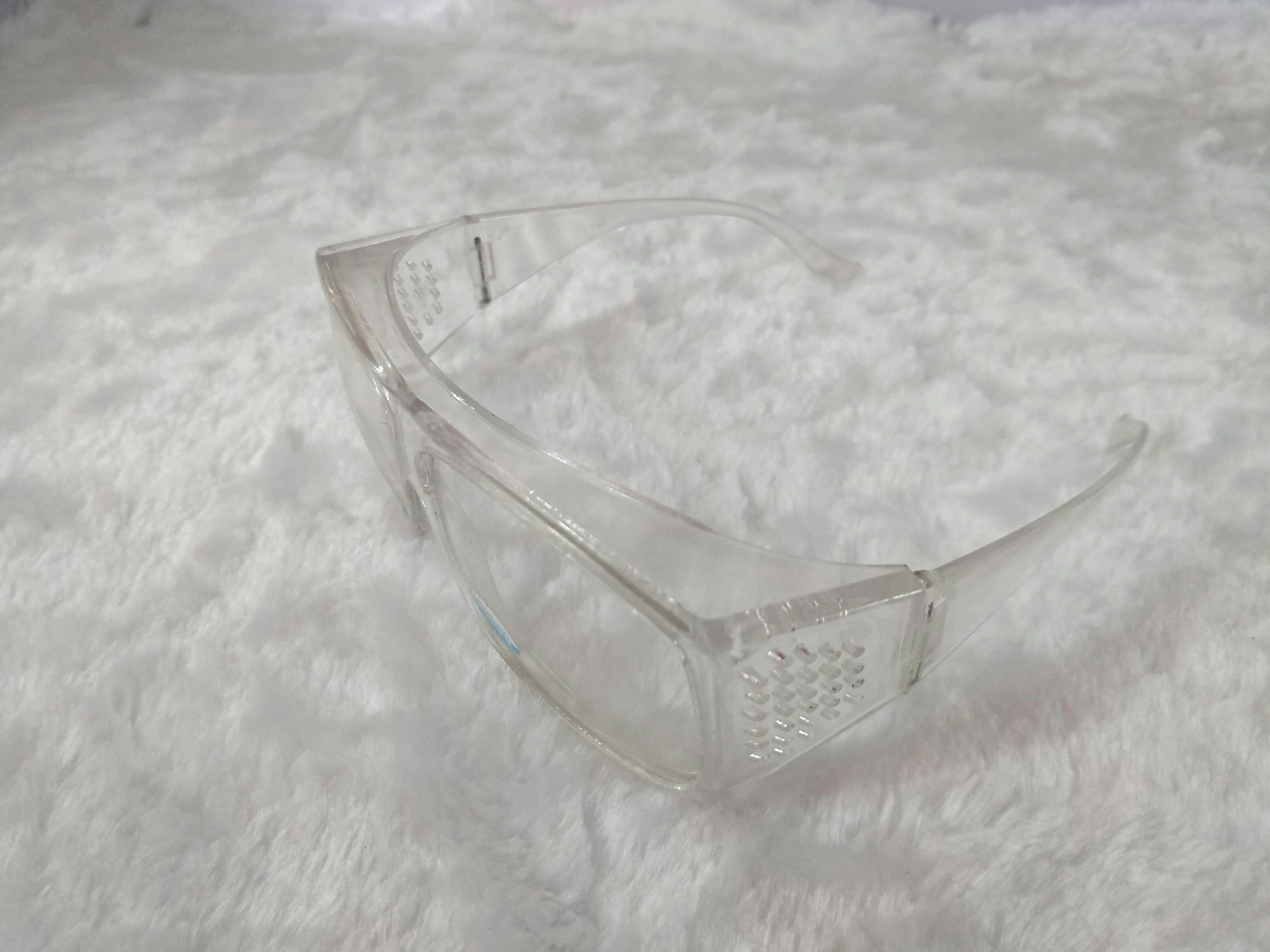 Завод специализируется на производстве всех видов старых защитных глаз зеркало Песостойкий, пылезащитный, ударопрочный глаз зеркало оптовые продажи
