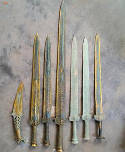 青铜器仿古摆件厂家直销 青铜宝剑 古代长剑 越王勾践剑 家居镇宅