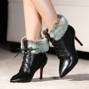 Love Europe and the odd new leather winter boots pointed stilettos boots lace boots Martin bi-color rabbit fur boots