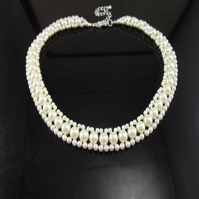 Exaggerated temperament imitation pearl necklace hand creative Beaded Bridal Dress Adornment fashionable womens short sweater chain