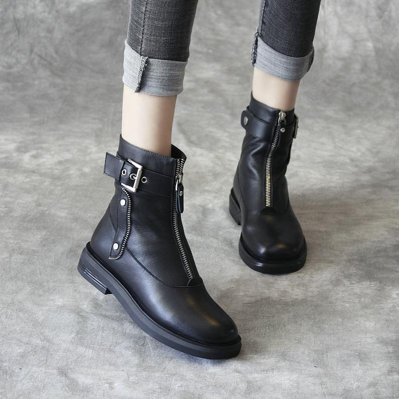 女靴春秋单靴2021新款真皮前拉链马丁靴女平底牛皮短靴圆头铆钉靴
