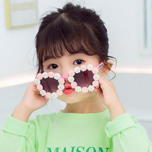2020新款男女童小雏菊可爱眼镜花朵潮童服装搭配太阳镜宝宝装饰镜