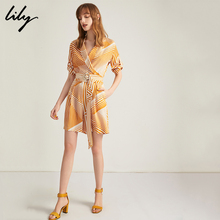 Lily's new summer vacation striped suit collared with slim shorts and pants 119230C7528 for women