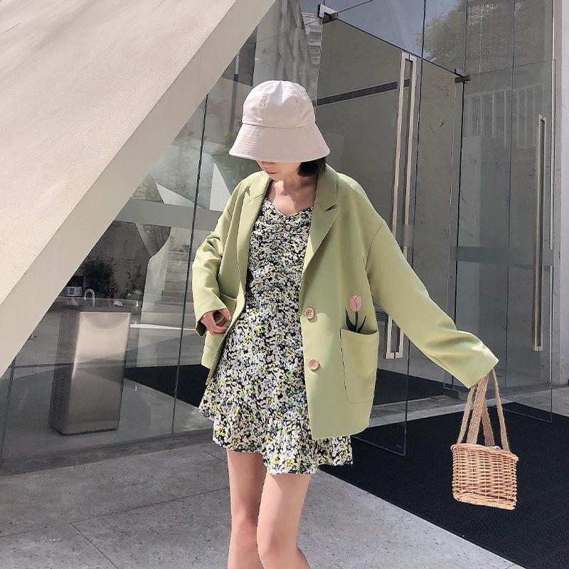 浅绿色小西装外套女2020春夏季新款韩版休闲百搭修身气质西服上衣