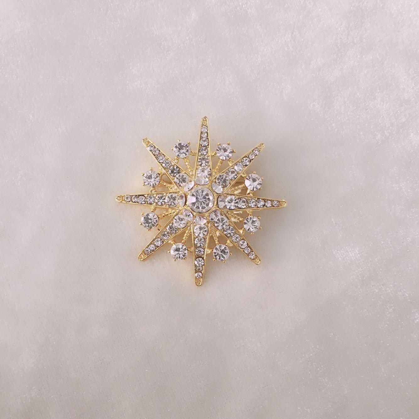 韩国精美满钻职业西服钻石星星胸针女衣饰配饰品胸花简约款别针扣