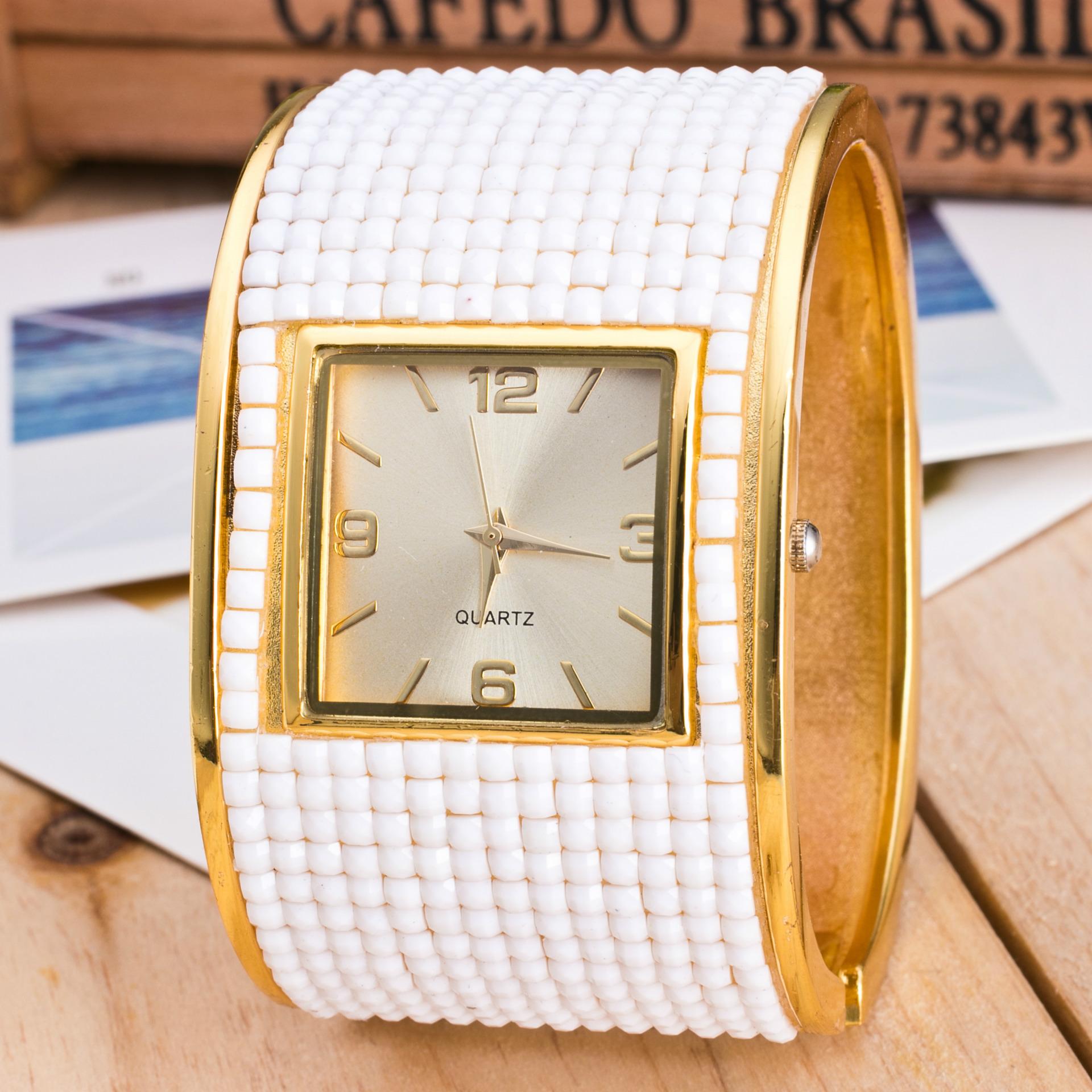 Bright star fashion womens watch inlaid with diamond watch womens Korean fashion fine steel bracelet watch