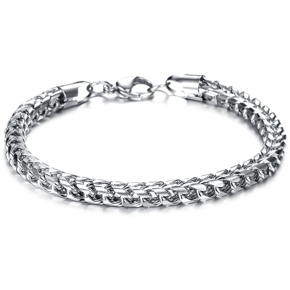 Square fish scale personality charm mens bracelet domineering fashion hip hop punk rock titanium steel bracelet European and American Jewelry