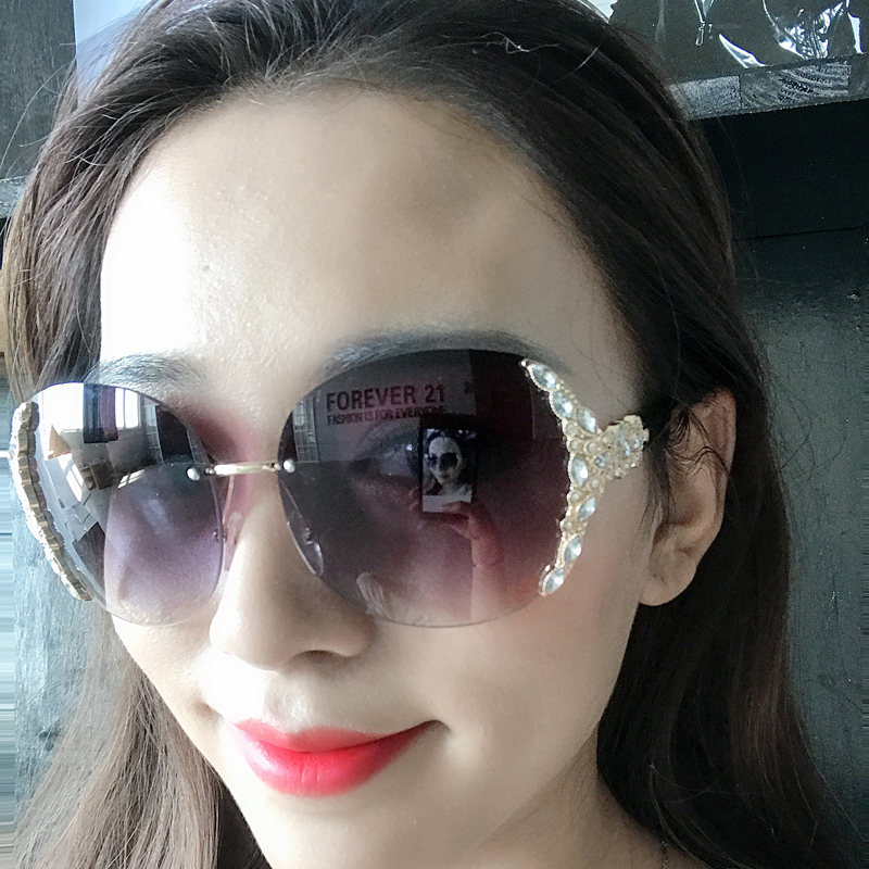 2018 rimless Sunglasses with diamond for women with round face and long face