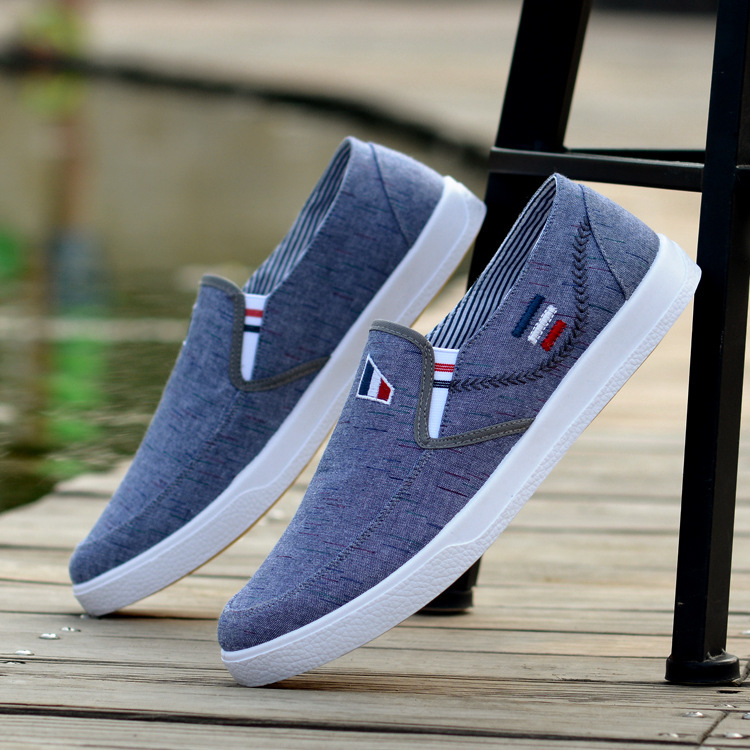 Spring and summer new mens shoes breathable Korean casual mens low top board shoes old Beijing Mens cloth shoes canvas fashionable shoes