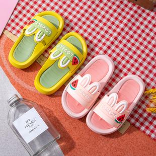 新款儿童卡通拖鞋可爱男女童夏季室内家居软底亲子防滑一字拖童鞋