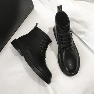 半曲黑色六孔马丁靴女冬加绒短靴女2019新款网红百搭英伦风平底靴