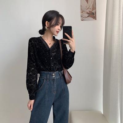 韩国人气很高!蕾丝暗花丝绒小性感衬衫                        韩国人气很高!蕾丝暗花丝绒小性感衬衫
