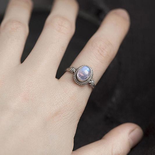尼泊尔饰品手工925银镶嵌月光石戒指女流行首饰指环 复古民族风