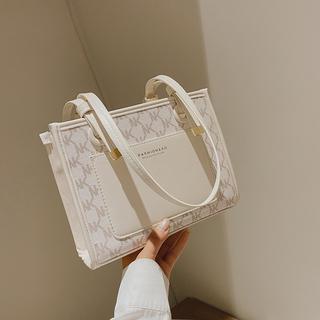 大包包女包2021韩版秋季新款时尚单肩包大容量简约百搭手提包月牙