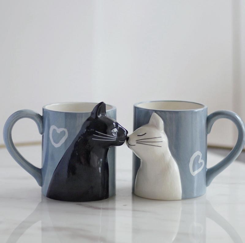 梦田良品立体猫咪情侣陶瓷马克杯/黑白猫亲吻猫对杯/结婚乔迁礼物
