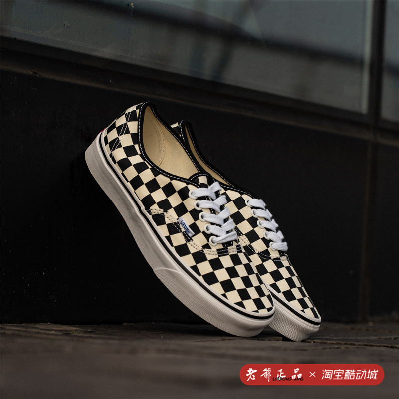 老爷Vans Authentic棋盘格aut男女情侣板鞋休闲帆布鞋VN-0W4NDI0图片