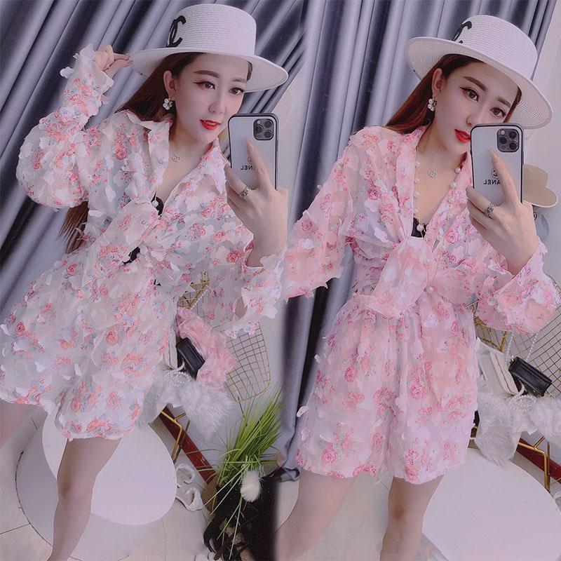 European goods suit womens summer new three-dimensional floret pattern decorative Chiffon thin material Shirt Shorts two-piece set