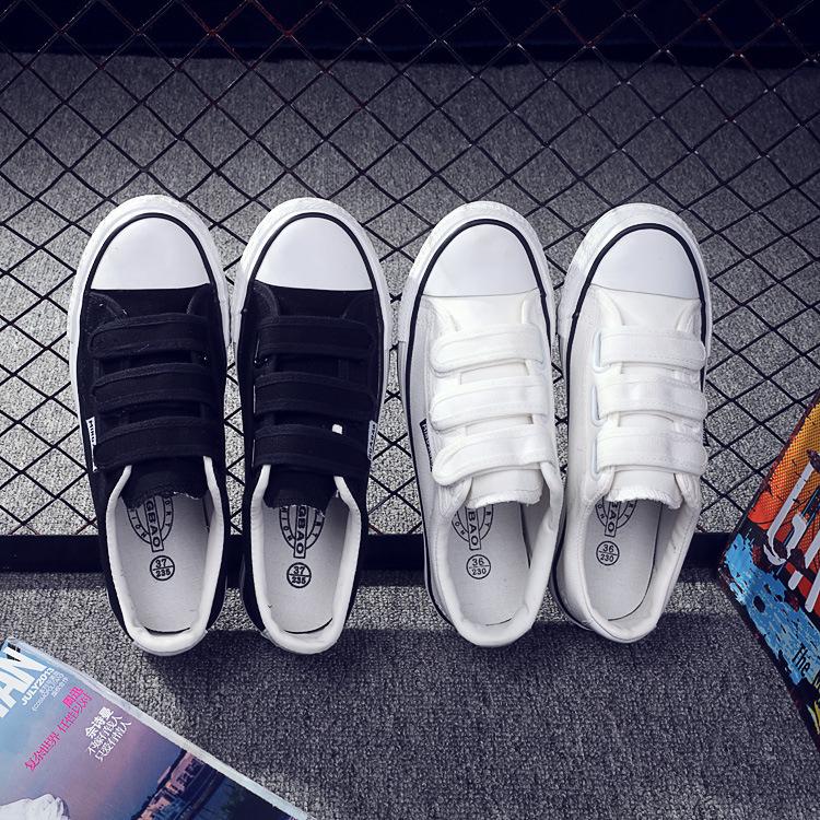 34春低帮魔术贴小白鞋平底女帆布鞋脚蹬运动鞋女韩版学生女鞋