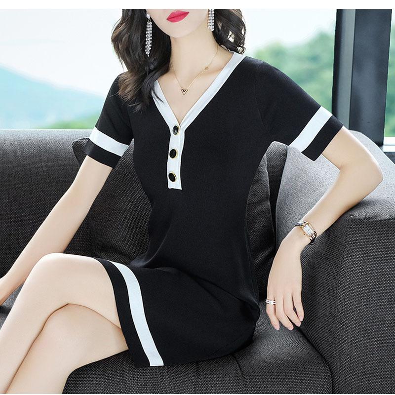 简洁轻盈SG2018秋季新款女装黑色性感V领连衣裙修身显瘦短袖A字裙