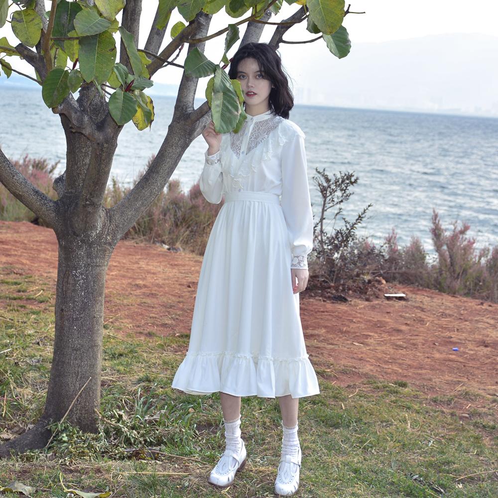 限2000张券软软的露西《尼罗河花园》复古浪漫纯白蕾丝镂空连衣裙秋