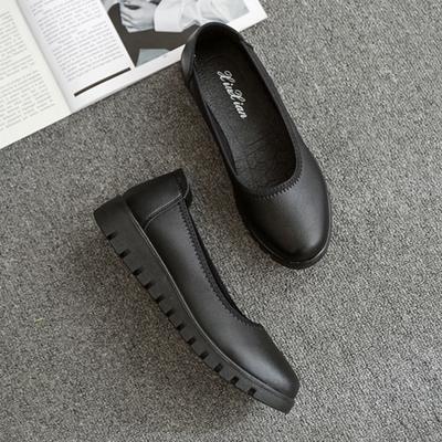 黑色平底加厚鞋底松糕底圆头松紧带上班工作鞋女式妈妈女鞋光面