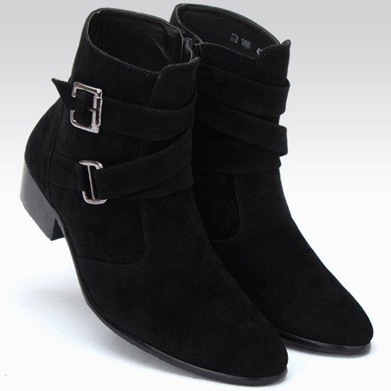 ヴィンテージブーツは冬の中に韓国のブーツを高くしてくれます。靴は暖かくて、砂靴は先が尖っています。