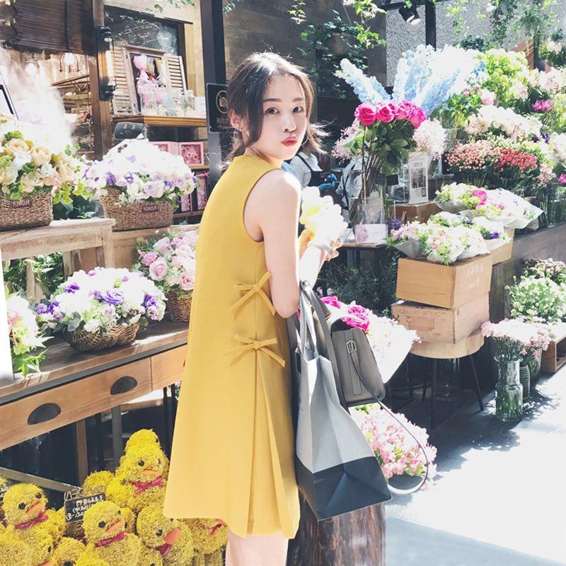 miu缪家女装香港专柜2018夏季新款小清新宽松直筒无袖系带连衣裙