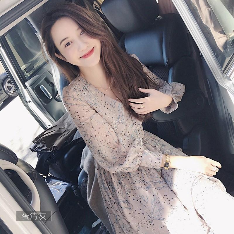 2018秋装新款韩版修身显瘦V领长裙 长款长袖裙子碎花雪纺连衣裙女
