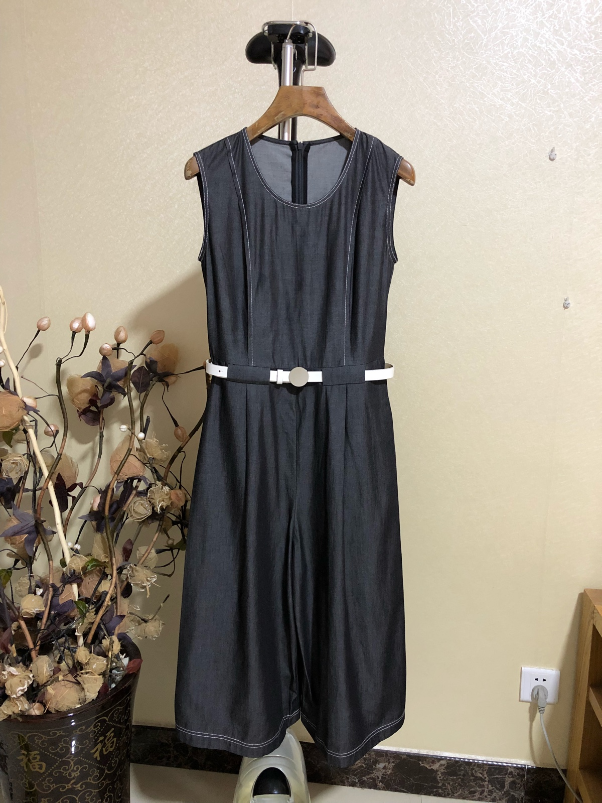 Kajia Xi / casual slim fit sleeveless one piece wide leg pants 9177 price tag 799